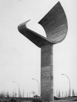 Jacques Moeschal, Signal, 1963, Highway intersection Brussels –Ostend, Belgium.